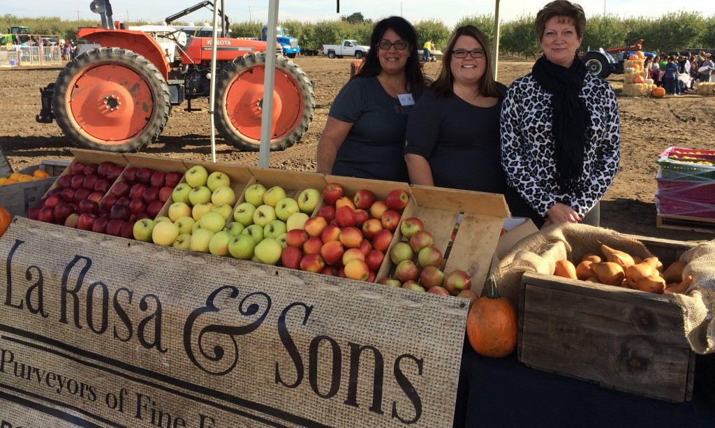 La Rosa Family Farms fruit stand